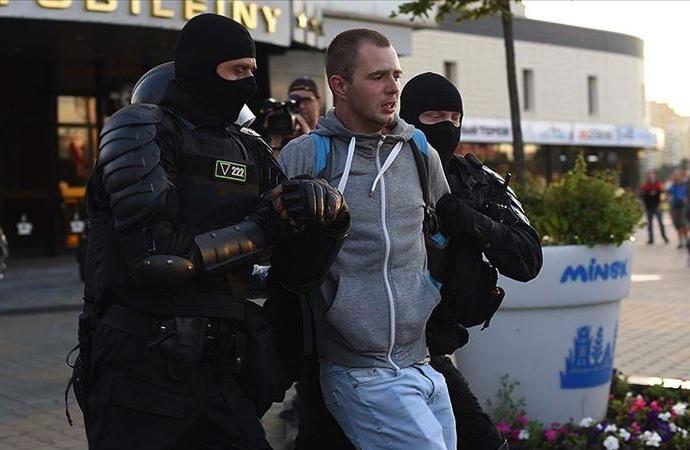 Belarus'ta protestolar gece boyunca devam etti