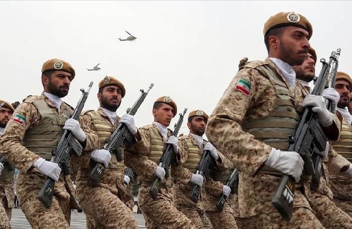İran, ülkenin kuzeybatısında silahlı gruplara yönelik operasyon başlattı