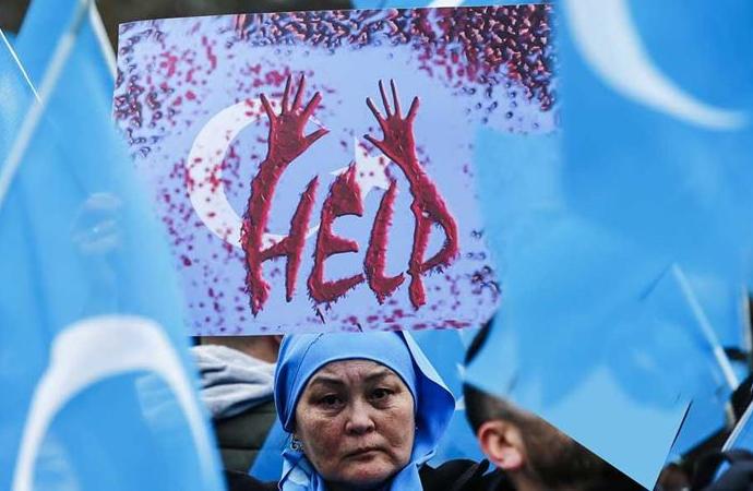 Çin, Uygur bölgesinde doğum hızındaki önemli düşüşü kabul etti