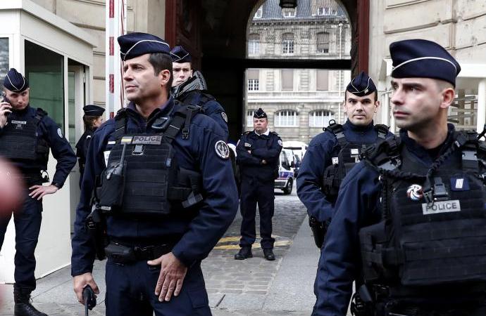 Fransa'da sapık cerrah skandalı
