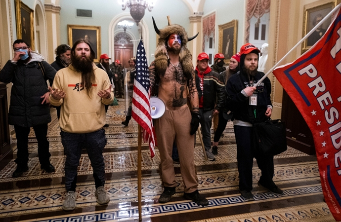 Kongre baskınının sembollerinden boynuzlu protestocu gözaltına alındı