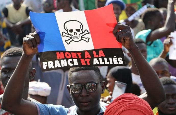 Fransa'nın 3 Ocak'ta yaptığı katliam için soruşturma isteniyor