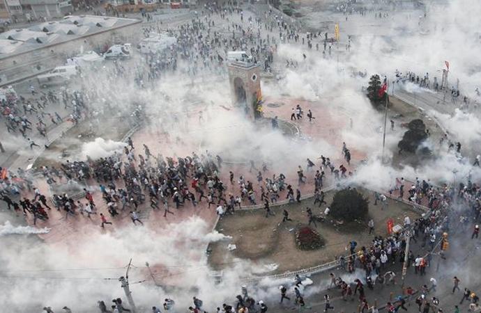 Gezi Parkı olaylarına farklı bakabilir miyiz?