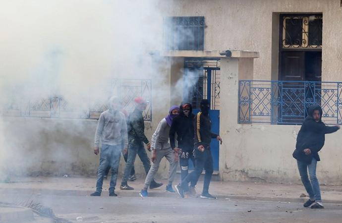 Tunus'ta IMF'ye isyan büyüyor, gösteriler 20 kente yayıldı