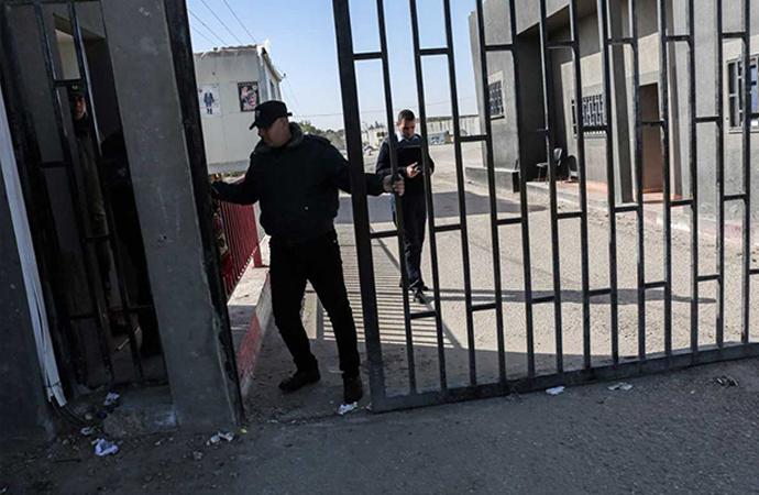 'Dört ay önce uzlaşı geldi ve Gazze, güvenlik sosyal ve ekonomik olarak yerle bir oldu'