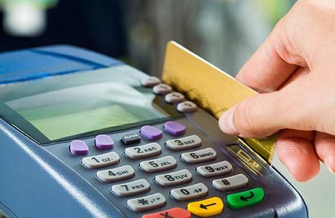 Kredi kartında battık… 2014nin ilk 11 ayında 820 bin kişinin borcunu ödeyemedi