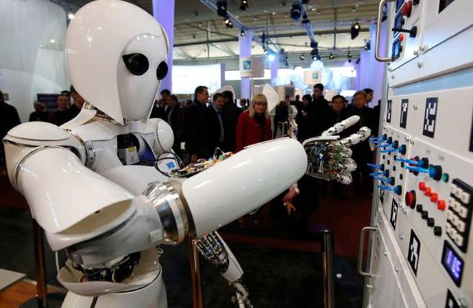Çin 2025'te yapay zekada lider olabilmek için 2 milyar dolarlık yatırıma başlıyor