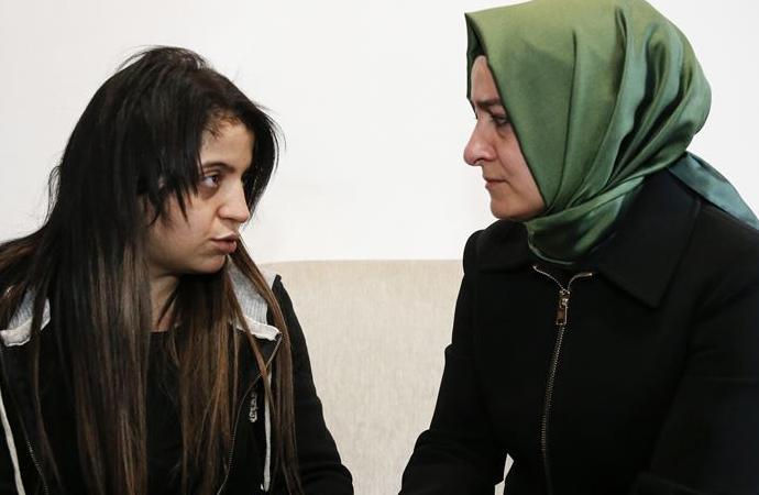 Aile Bakanı, ailesini kaybeden Dilek Yardım'ı ziyaret etti
