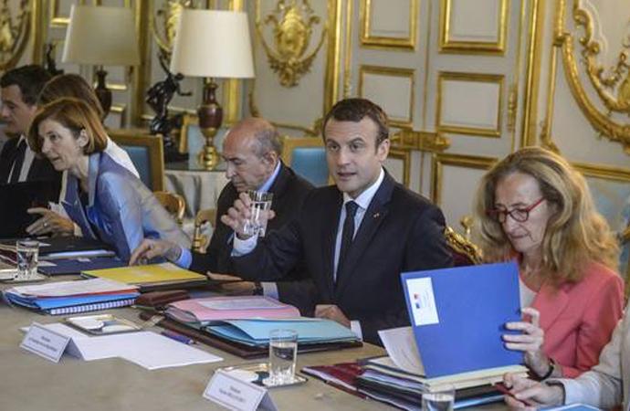 Fransa PYD mahkemelerini tanıyacak
