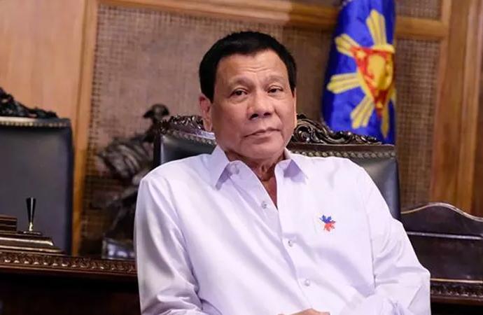 """Duterte: """"Diktatöre dönüşmek istersem beni vurun. Şaka yapmıyorum"""""""