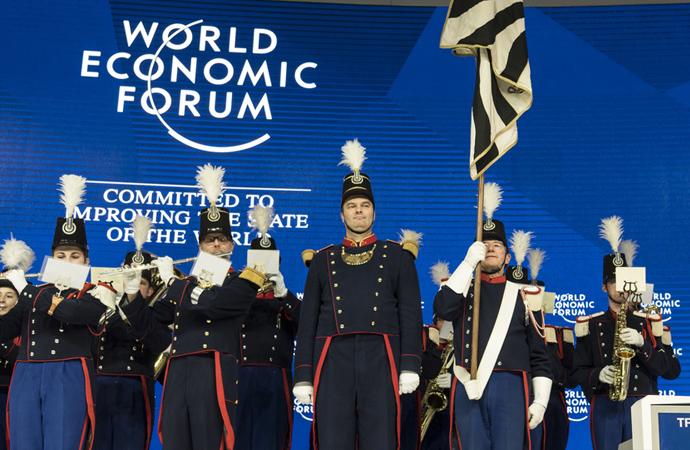 Davos'a dünyadan hangi şirketler, Türkiye'den hangi yetkililer katıldı?