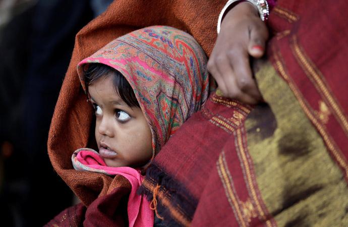 Hindistan'da 'istenmeyen' 2 milyon kız çocuğunun akıbeti