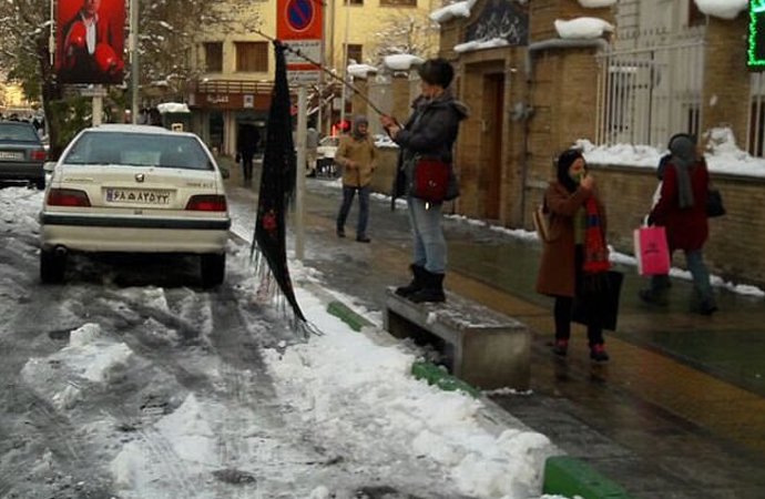İran'da tek kişilik eylemler devam ediyor