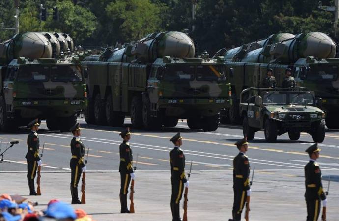 Çin'in hırsla büyüyen 'Askeri Gücü' üzerine