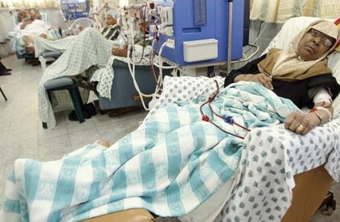 Gazze'de 3 Sağlık merkezinde daha jeneratörler durdu