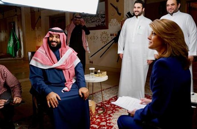 Prens Selman 'Çarşaf zorunlu değil' açıklamasını bir Amerikan televizyonuna yaptı