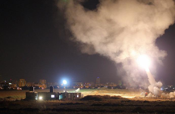 Demir Kubbe 'yanlış' alarma geçti, Gazze yine bombalandı