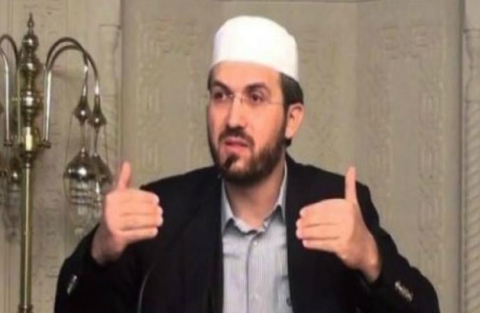 İhsan Şenocak: İslam değil zihinler yenilenmeli