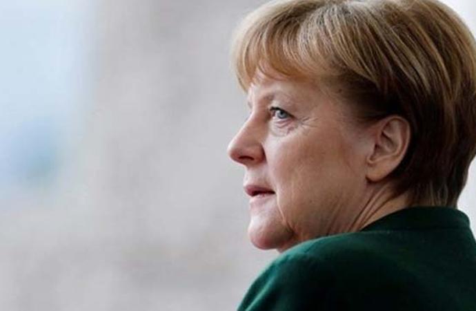 Merkel: 'Müslümanlar Almanya'ya ait, dolayısıyla İslam da ait'