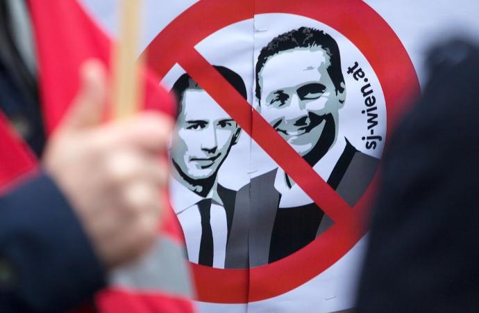 Avusturya mahkemesi: Vatandaşlar siyasetçilere küfredebilir