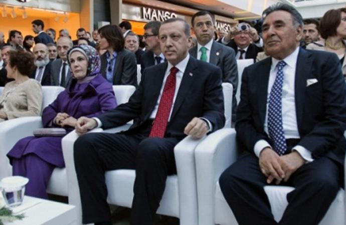 FT: Türk basını baronu, medya kolunu Erdoğan'ın müttefikine satmayı kabul etti