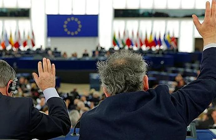 Avrupa Parlamentosu'ndan İsrail'e abluka kaldırılsın çağrısı