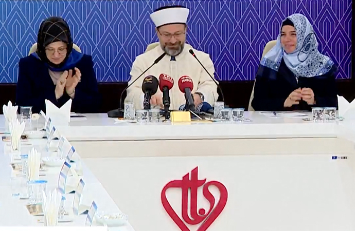 """Diyanet'ten """"İslam ve Kadın"""" çalıştayı"""
