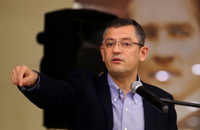 CHP'de 'Abdullah Gül' ismine sert muhalefet