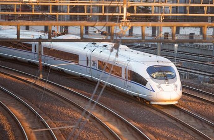 Çin, hızlı trenlerde 'Yapay Zeka'yı test etmeye başladı