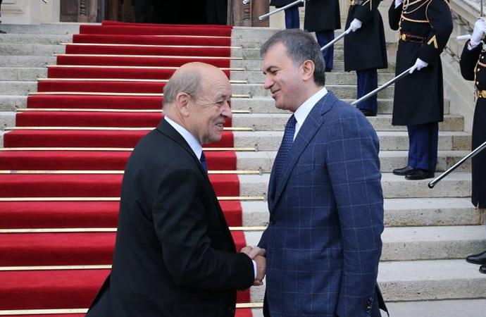 Bakan Çelik, Fransa Dışişleri Bakanı ile Suriye'yi görüştü