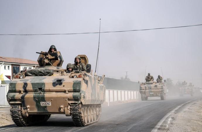 """""""Türkiye'nin statükocu politikalar izlemesini beklemek artık ham hayal"""""""