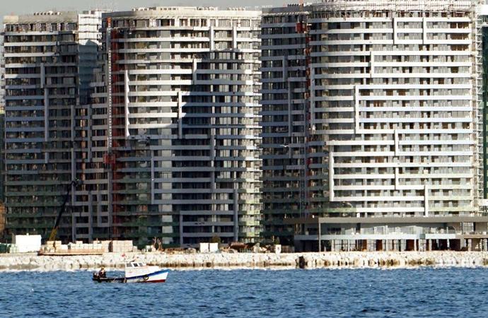 Cinayet gibi; denizin dibine 40 katlı binalar
