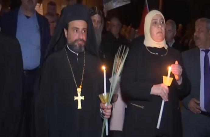Ramallah'taki İsrail protestosunda Katolik Kilisesi ön safta