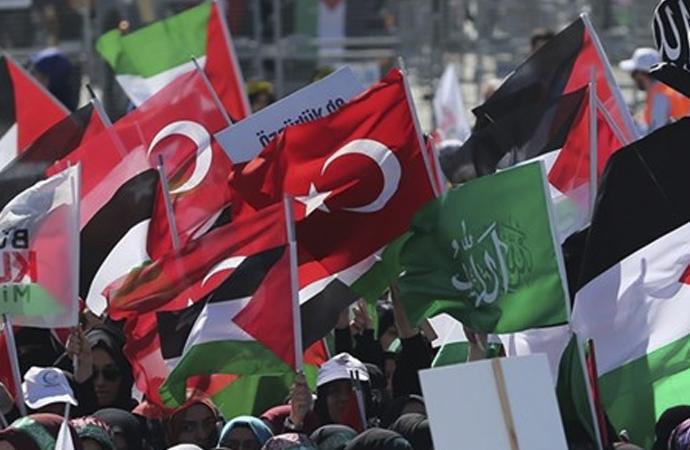 Yenikapı'da Filistin mitingi düzenleniyor