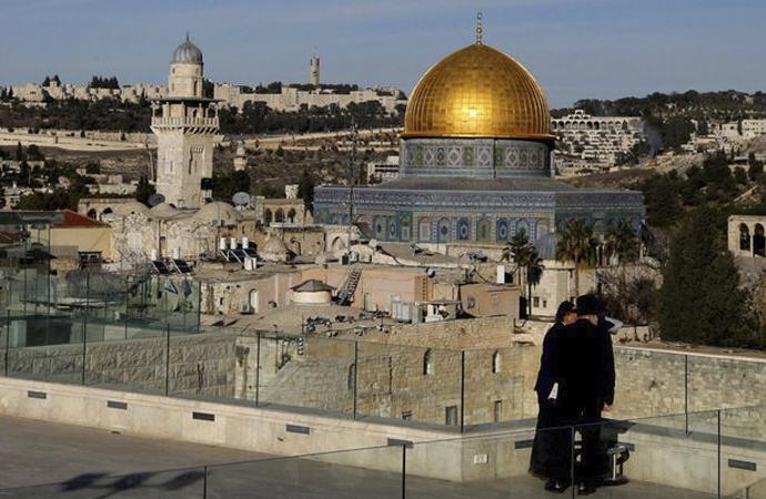 İsrail, 14 Mayıs günü Kudüs camilerinde ezan okutmayacak