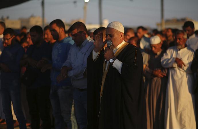 Filistinliler Bayram Namazını Dönüş Çadırlarında Kıldı