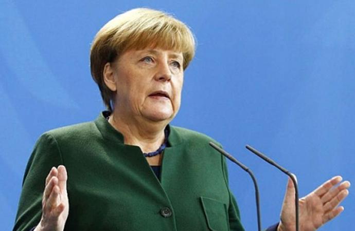 Merkel: 'Avrupa değerleri muhafaza edilmeli'