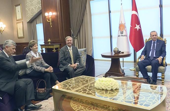 Cumhurbaşkanı Erdoğan, Amerikalı senatörlerle görüştü