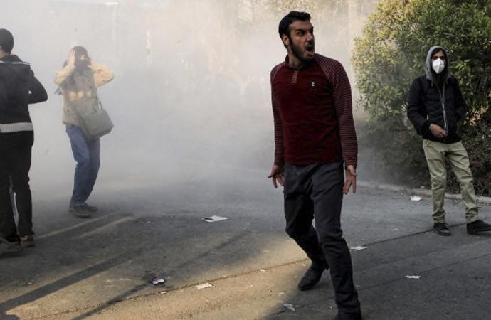 """S.Nuriyeva: """"İsrail'in içinde bulunduğu her plan felakettir!"""""""