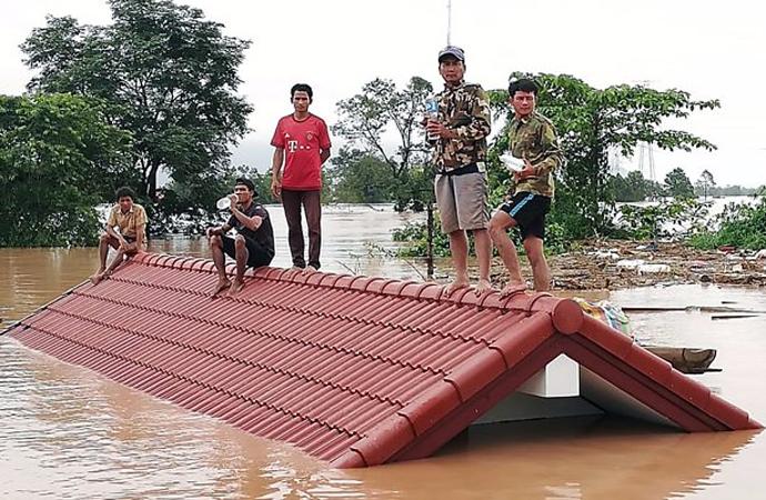 Laos'ta baraj çöktü, 20 kayıp var, 3 bin kişi mahsur