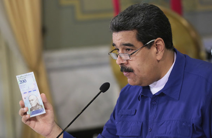 Venezuela ulusal parasını Petro'yla bağlantılı hale getiriyor