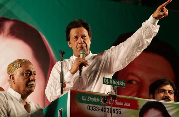 Pakistan'da seçim sonuçları kimi sevindirecek?