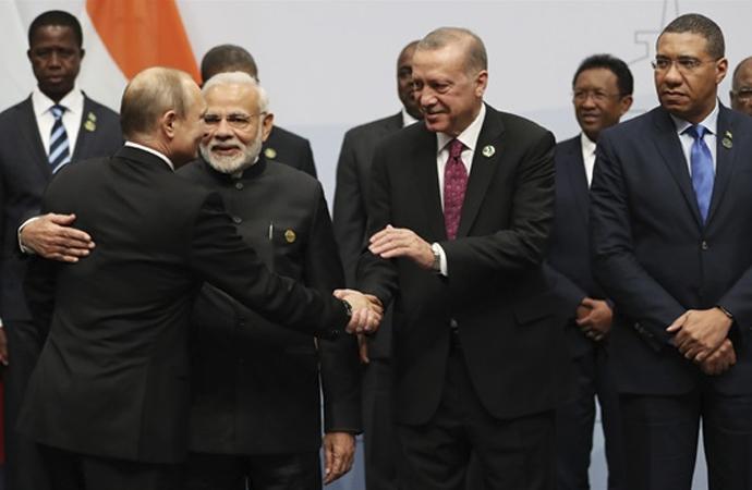 Musa Kartoğlu: 'Eksen kayması değil eksen düzeltmesi'
