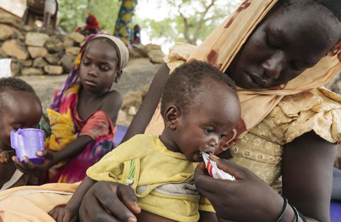 Amerikan bebeklerine anne sütü, yoksul 3.dünya ülkelerine mama!