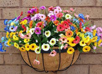 Kağıttan Çiçekler Varmış