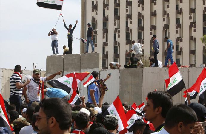 Irak'ta 7 şehirde gösteriler başladı