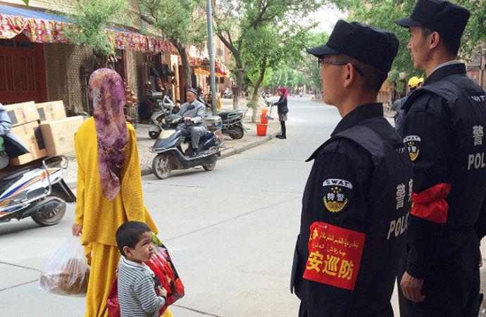 """""""Çin'de bir milyon Uygur toplama kamplarında"""""""