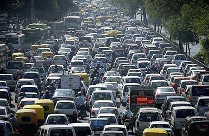 Trafiğe çıkacaklara uyarı: Hız yapmayın, dikkatli olun!