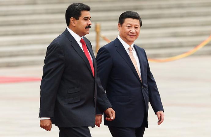 Maduro 'Ek kredi' için Çin'de