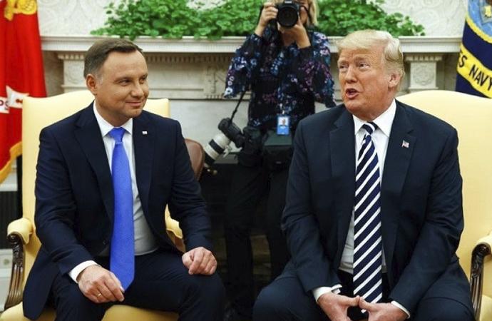 Polonya'dan ABD'ye 'Bize üs kurun' teklifi